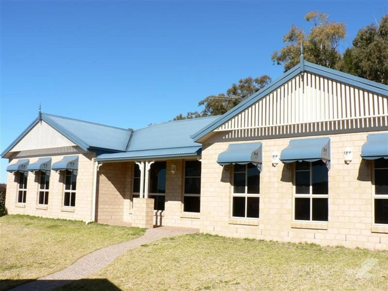 10 Wright Court, Stanthorpe, Qld 4380