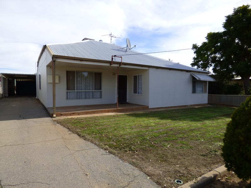 35 French Ave, Merredin, WA 6415