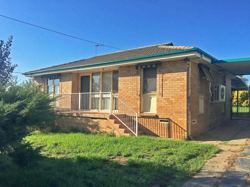 44 Currawong Street, South Bathurst, NSW 2795