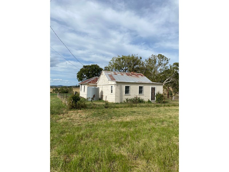 614 Gwydir Highway (Cottage), Glen Innes, NSW 2370