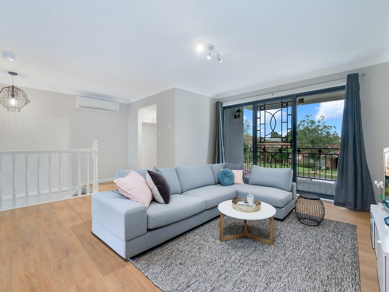 1/92-98 Glenfield Drive, Currans Hill, NSW 2567
