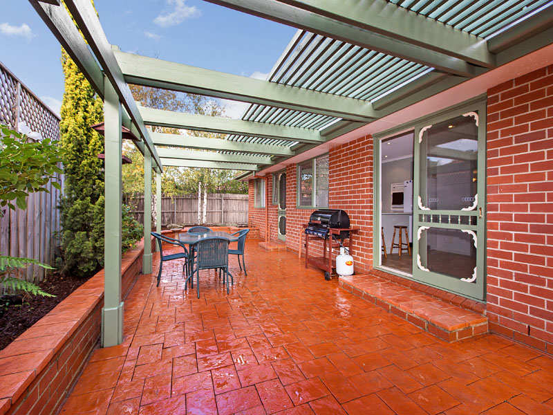 8 Rips Court, Dingley Village, Vic 3172