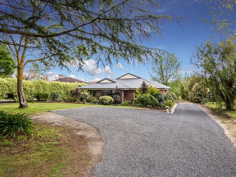 197 Old Sale Road, Drouin West, Vic 3818
