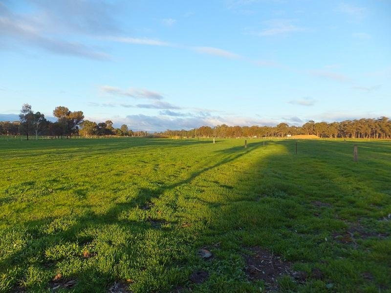 Loesers Road, Huntly, Vic 3551