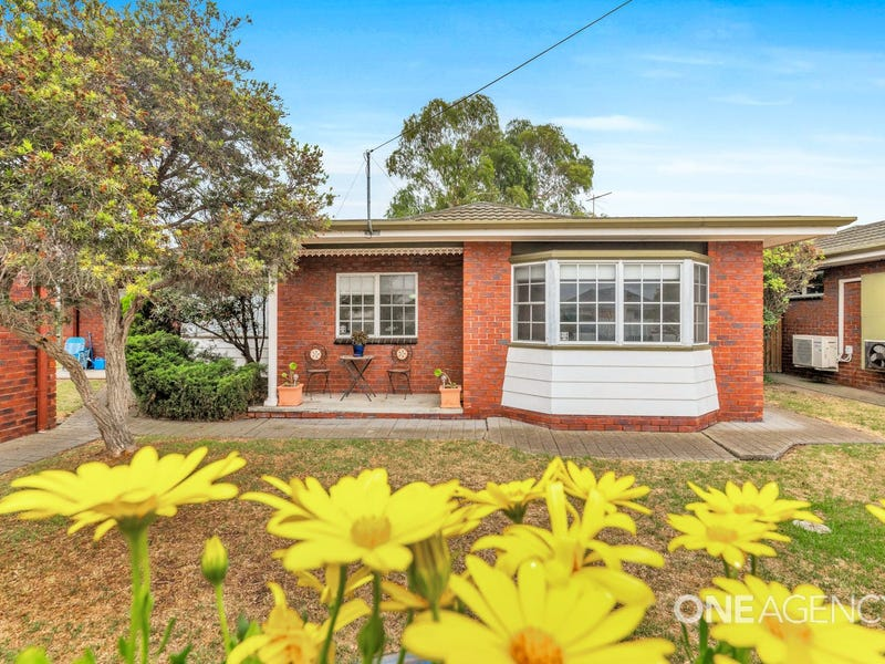 1-4/12 Hillford Street, Newcomb, Vic 3219