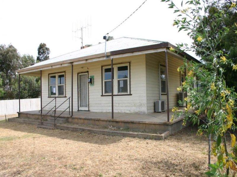13 Cunningham Lane, Sea Lake, Vic 3533