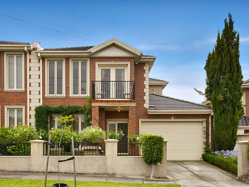 34 Lind Street, Strathmore, Vic 3041