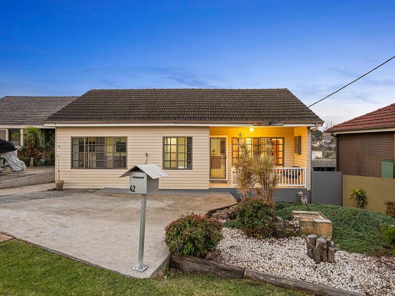 42 Trevor Avenue, Lake Heights, NSW 2502