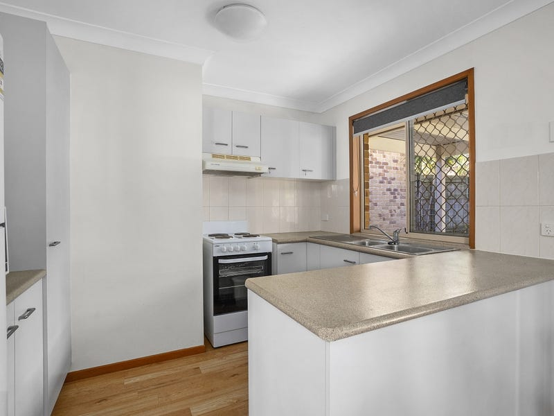 21 Scarlet Place, Forest Lake, Qld 4078