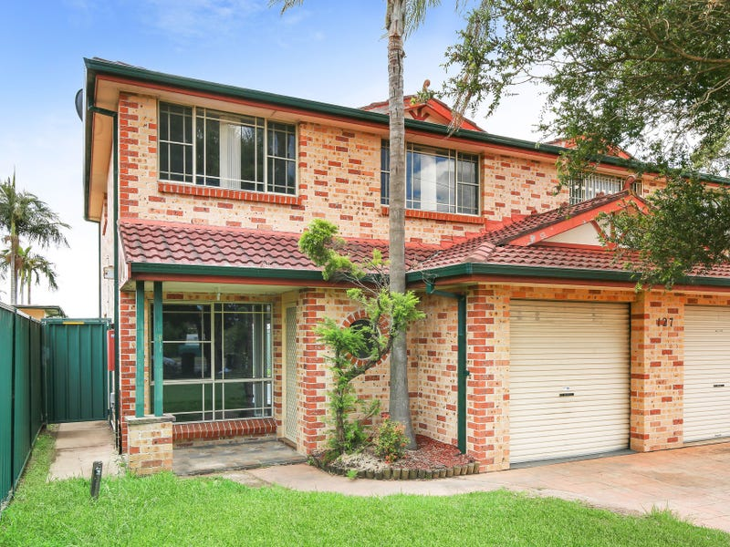 1/127 Humphries Road, St Johns Park, NSW 2176