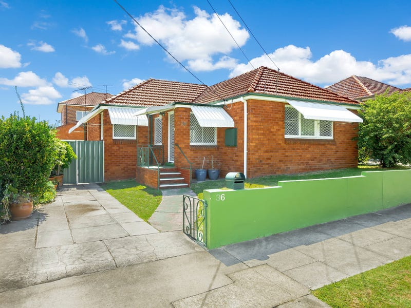 36 Duchess Avenue, Rodd Point, NSW 2046