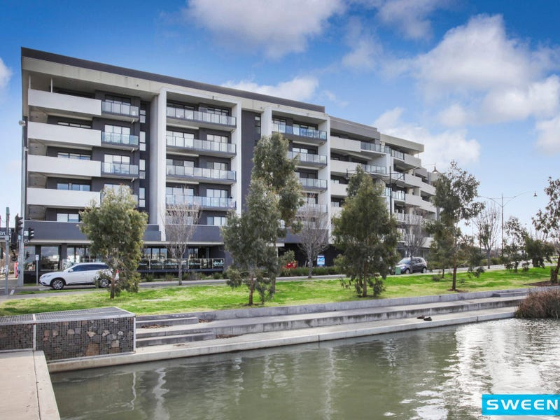 541/73 Lake Street, Caroline Springs, Vic 3023