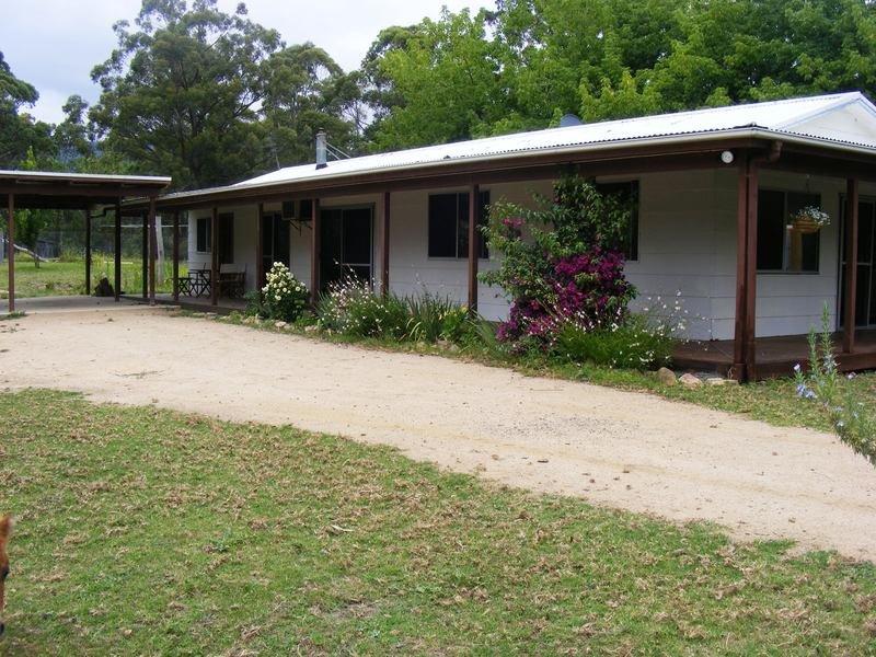 113 Brittens Rd, Tantawangalo, NSW 2550