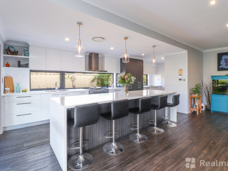 141 St Michaels Parkway, Dunsborough