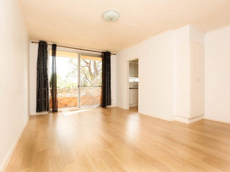 2/80 Wyadra Avenue, Freshwater, NSW 2096