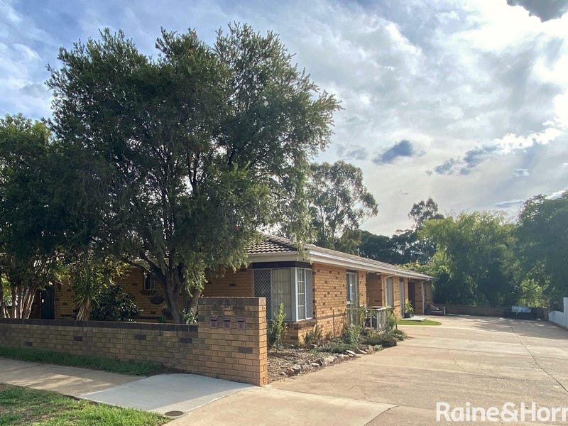 9 Wombat Street, Young, NSW 2594