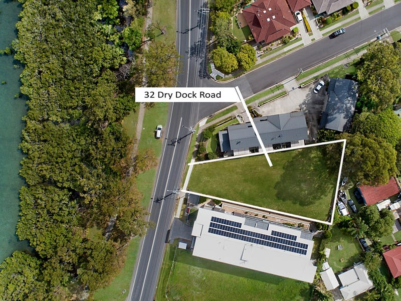 32 Dry Dock Road, Tweed Heads South, NSW 2486