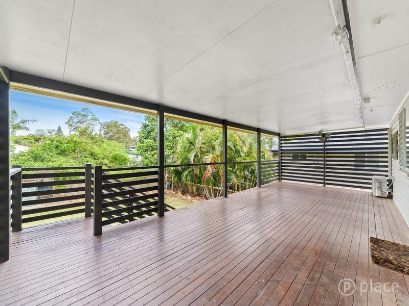 19 Goodenia Street, Everton Hills, Qld 4053