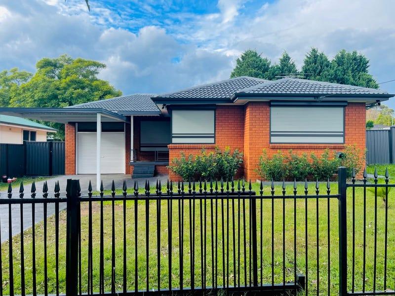 32 Brudenell Avenue, Leumeah, NSW 2560