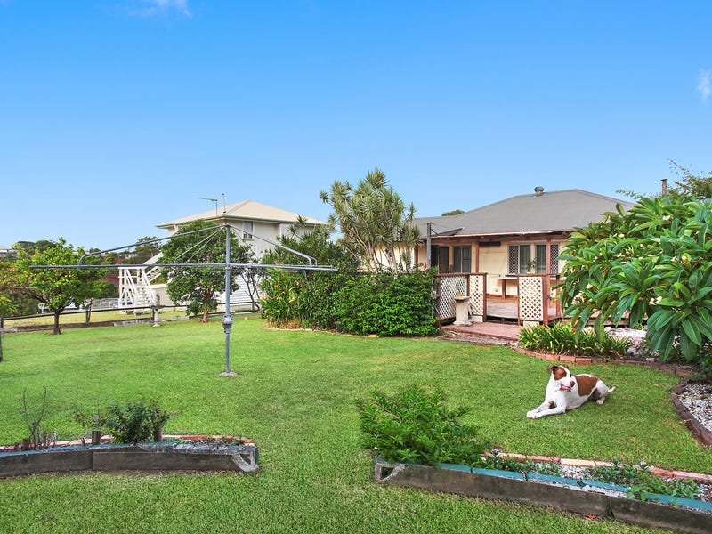 28 Kerr Avenue, Southport, Qld 4215