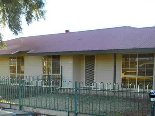 19 Santalum Way, Roxby Downs, SA 5725