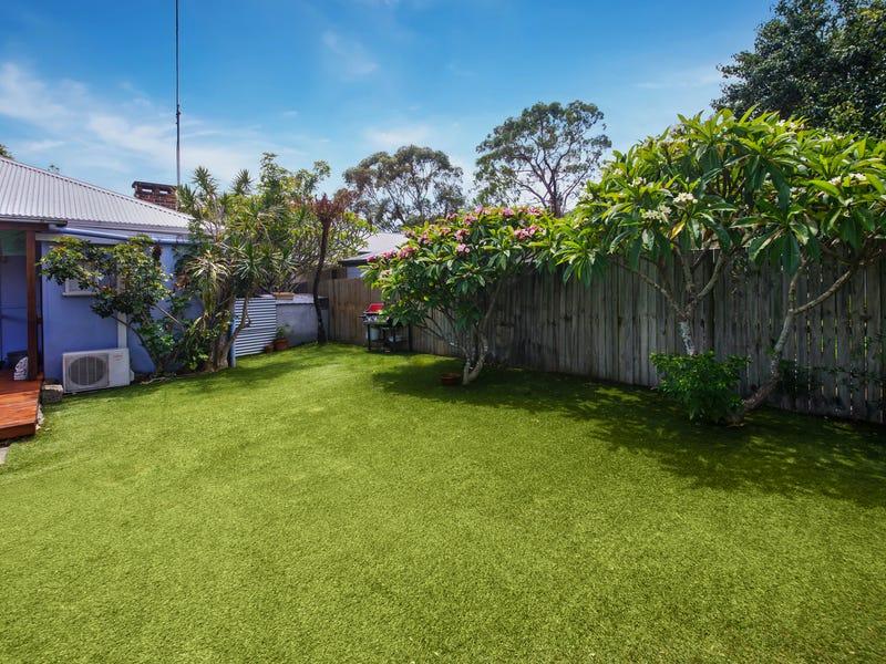 30 Warwick St, Blackwall, NSW 2256