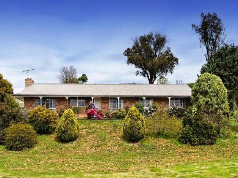 1043 Break O'Day Road, Glenburn, Vic 3717