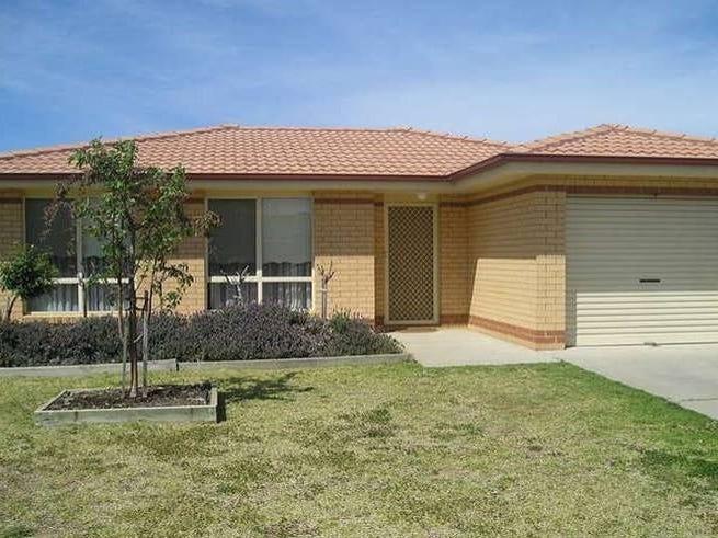30 Girraween Mews, Glenfield Park, NSW 2650