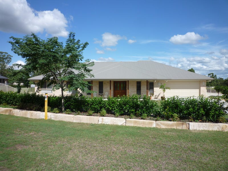 5 Lipizzaner Place, Pine Mountain, Qld 4306