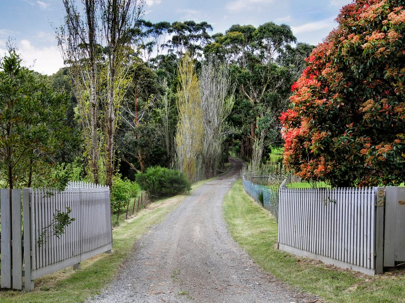 62 Spencer Road, Woodend, Vic 3442