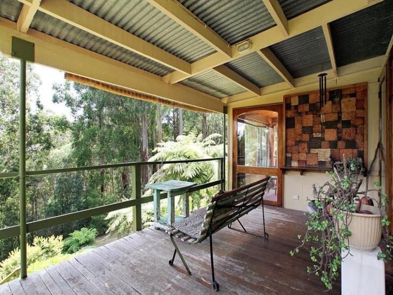 51 West Ridge Road, Mount Toolebewong, Vic 3777