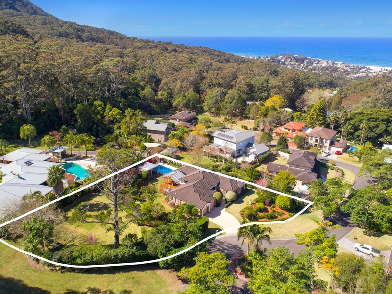 4 Parkwood Grove, Thirroul, NSW 2515
