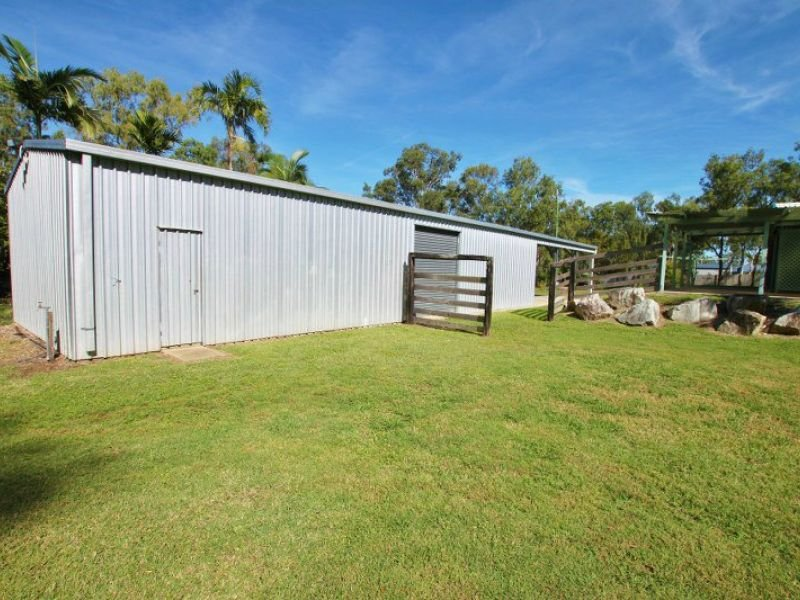 38 Totteridge Street, Lakes Creek, Qld 4701