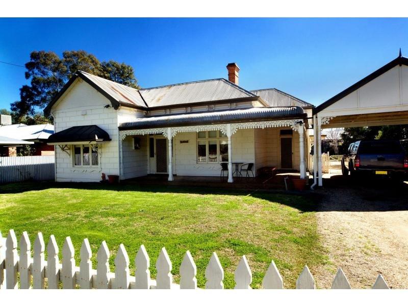 101 Edwardes Street, Deniliquin, NSW 2710