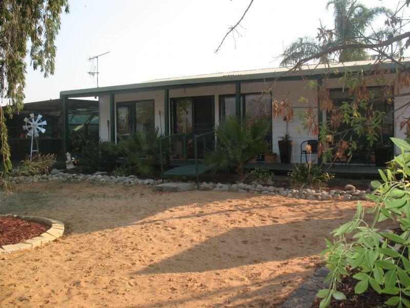 27 Pearce Street, Yarrawonga, Vic 3730