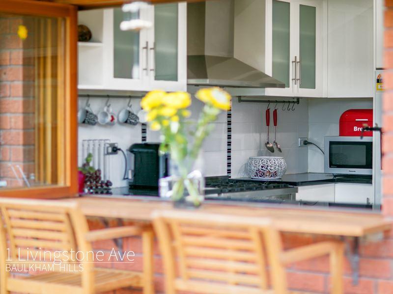 1 Livingstone Avenue, Baulkham Hills, NSW 2153