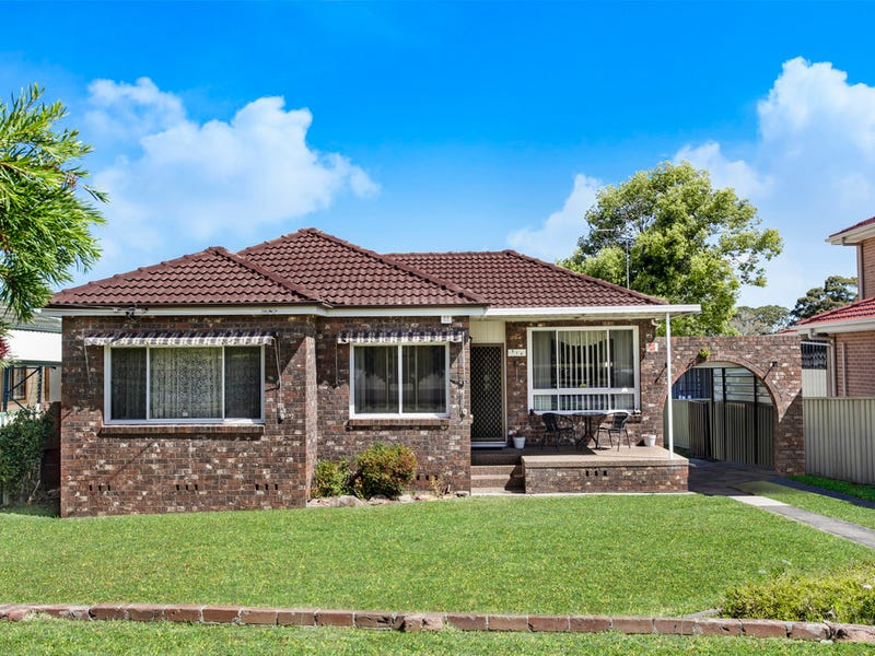 313 Hamilton Road, Fairfield West, NSW 2165