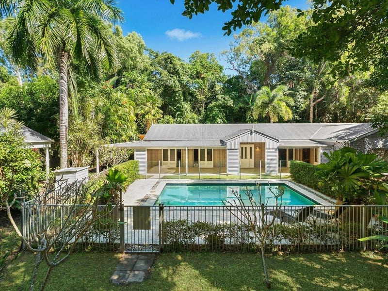29 Gibson Close, Clifton Beach, Qld 4879