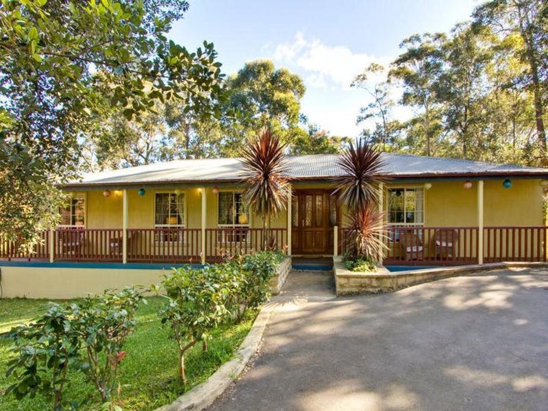 17 Stanley Avenue, Kurrajong Heights, NSW 2758