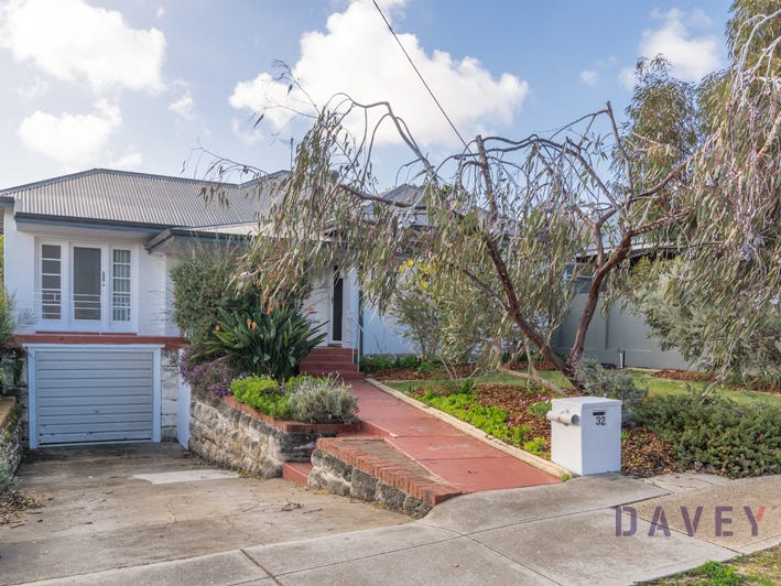 32 Auborough Street, Doubleview, WA 6018