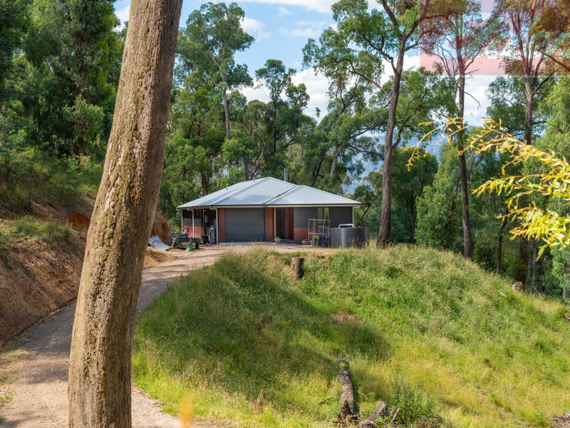38 Diggings Road, Tawonga, Vic 3697