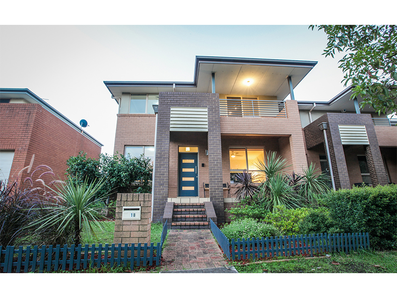 18 Montefiore Avenue, West Hoxton, NSW 2171