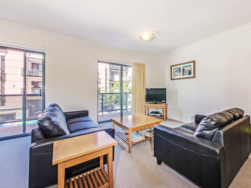 25/118 Mounts Bay Road, Perth, WA 6000