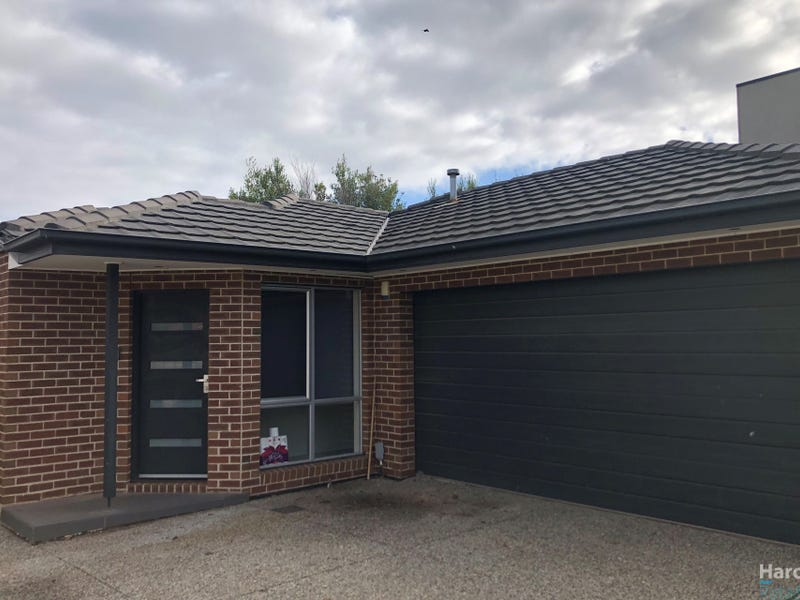 3/11 Portsmouth Place, Epping, Vic 3076