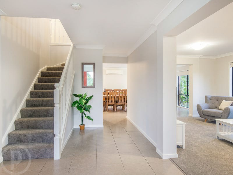 40 Grange Place, Moggill, Qld 4070