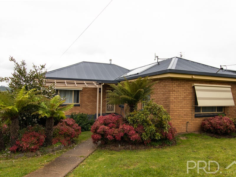 29 Sunnyside Avenue, Batlow, NSW 2730