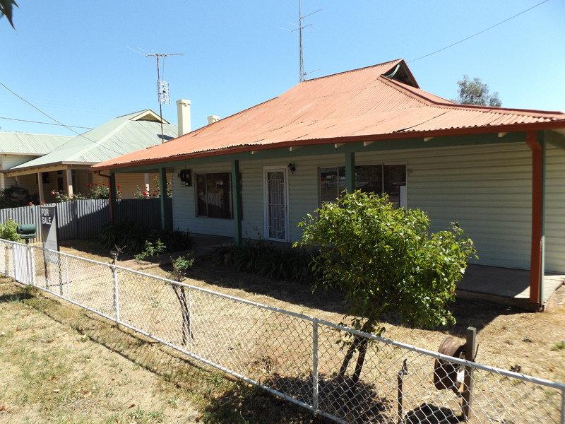 24 Waterview Street, Ganmain, NSW 2702