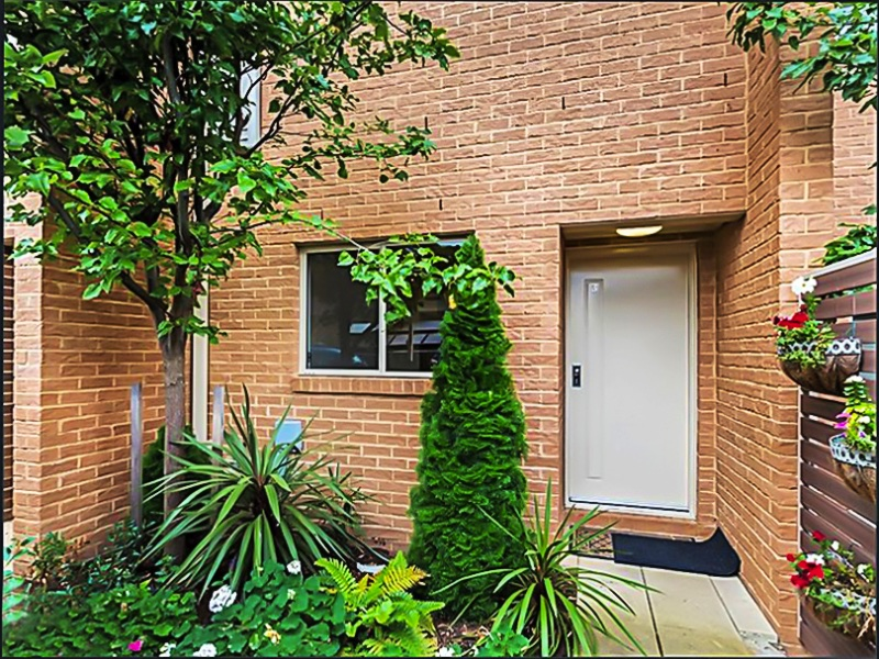 3/2 McIntosh Street, Queanbeyan, NSW 2620