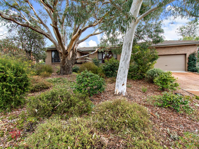 24 Magrath Crescent, Spence, ACT 2615