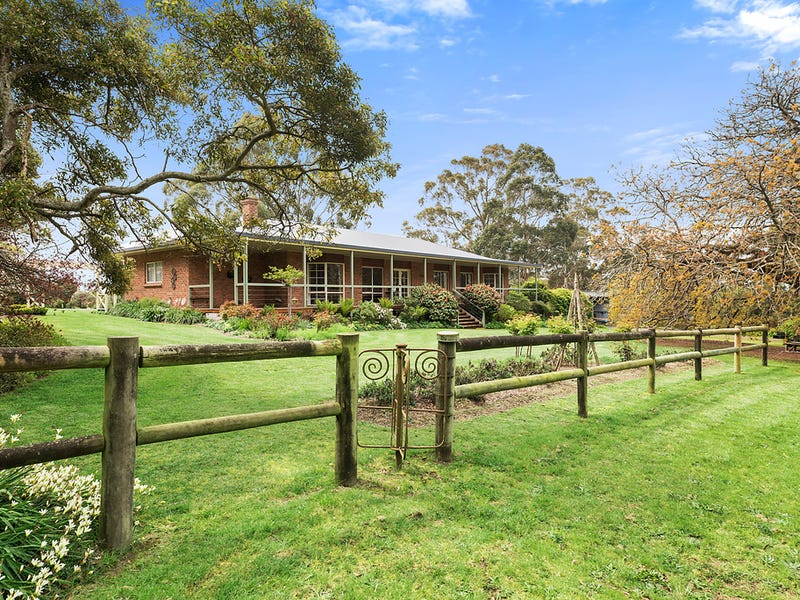 50 Grimshaws Road, Barongarook West, Vic 3249